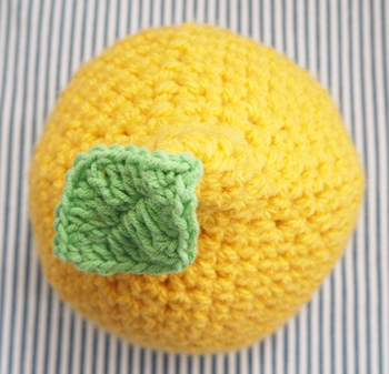 lemonhat12350
